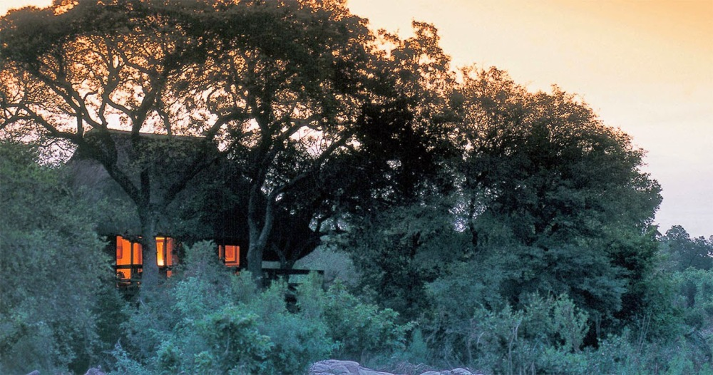 lodge-exterior-sabi-sabi-little-bush-camp-sabi-sands
