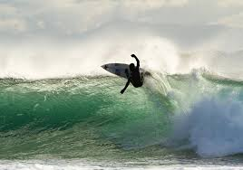 Tofhino Surfing