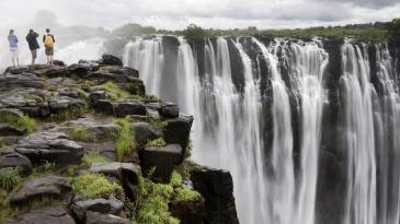 country-victoria-falls-located_824a8e4603a3da21